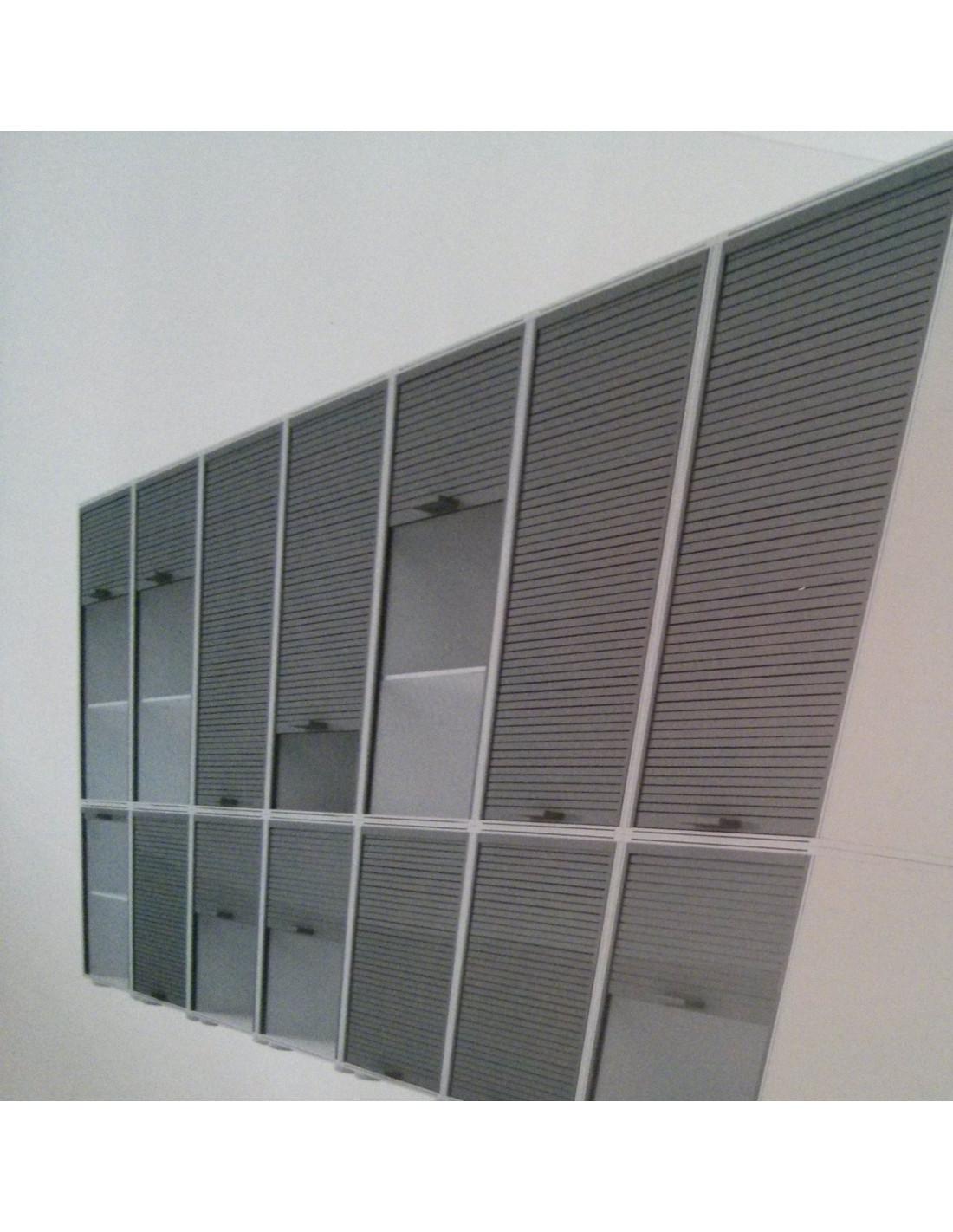 Modulo armario con puertas de persiana garaje 126x62 5cm - Puertas de persiana ...