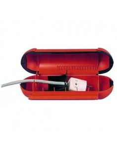Le boîtier protège les câbles schuko extérieurs