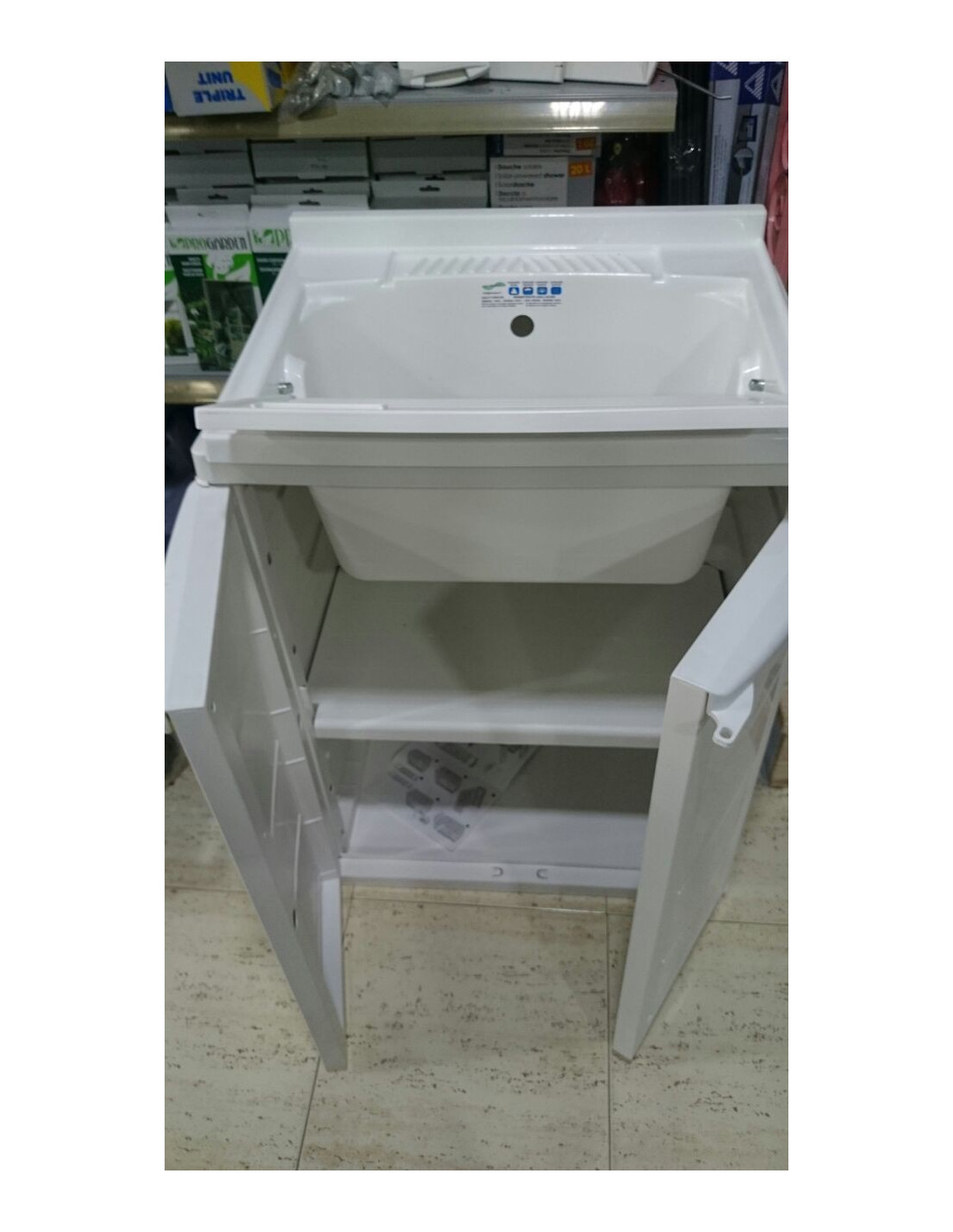 Mueble armario de resina con fregadero incorporado for Armarios de jardin leroy merlin