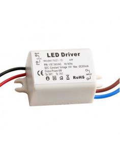 Mini chargeur 12v 0.5A