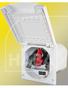 Boîte externe avec clé de coupe et voltmètre numérique.