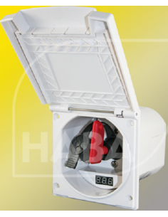 Caixa externa com chave de corte e voltímetro digital de bateria.